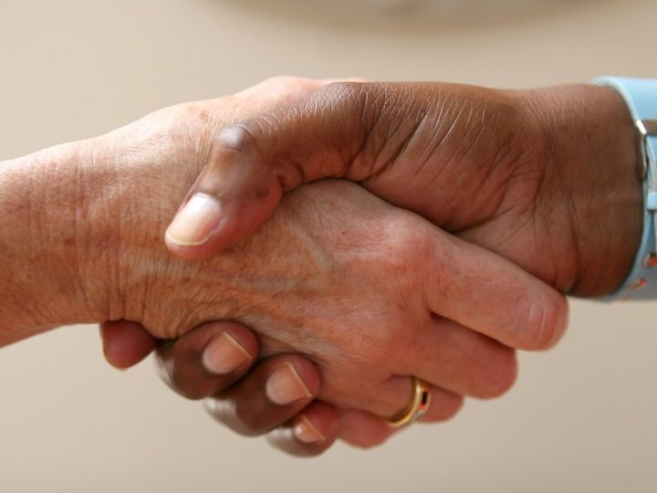 5 Things You Need to Know When Negotiating A New Salary