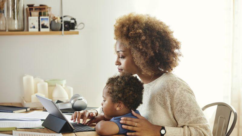 Ways To Effectively Balance Motherhood and WorkLife